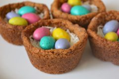 Adorable Easter Egg Cookie Nests