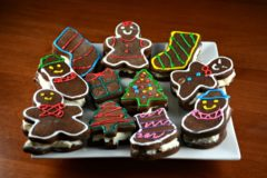 Christmas Stuffed Gingerbread Cookies