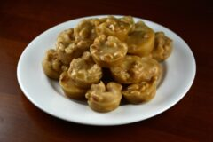 Old-Fashioned Peanut Brittle Bites