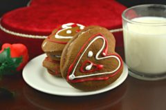Valentines Day Heart Stuffed Ginger Cookies