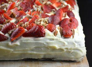 The Best Strawberry Banana Cake