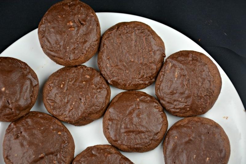 Glazed Mint Chocolate Chip Cookies