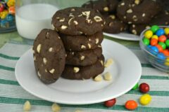 Chocolaty Chocolate Macadamia Nut Cookies