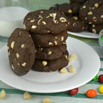 Chocolaty Chocolate Macadamia Nut Cookies