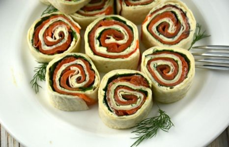Easy Smoked Salmon Tortilla Roll-ups