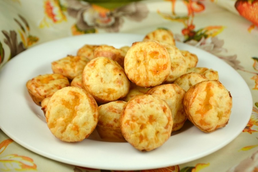 Brazilian Cheese Puffs