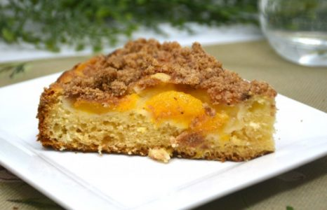 Easy Peach Coffee Cake