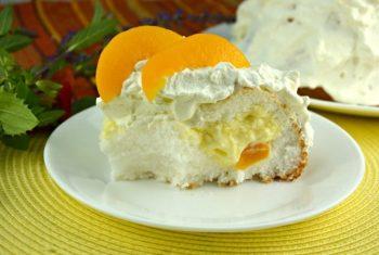 Peaches and Cream Stuffed Cake