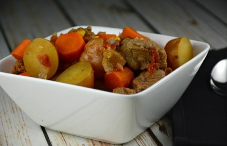 Simple Slow Cooker Steak Stew