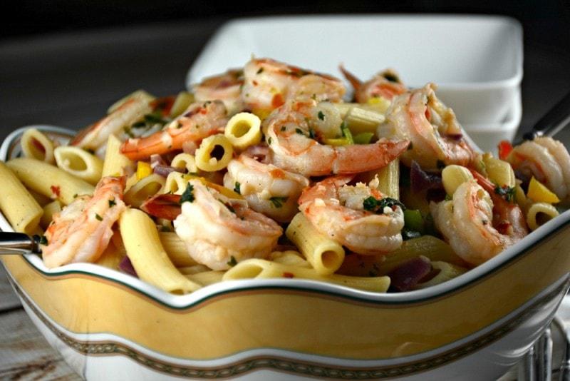 Easy Garlic Shrimp Pasta