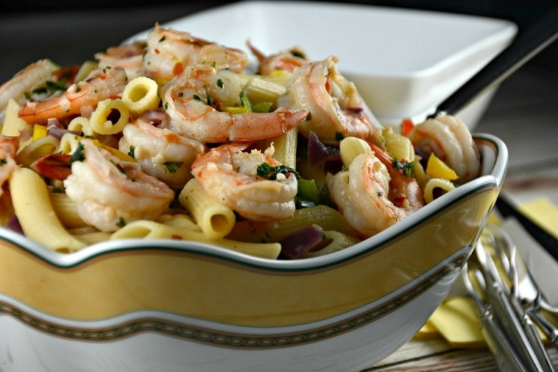 Easy Garlic Shrimp Pasta