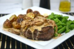 Filet Mignon with Brandy Cream Sauce