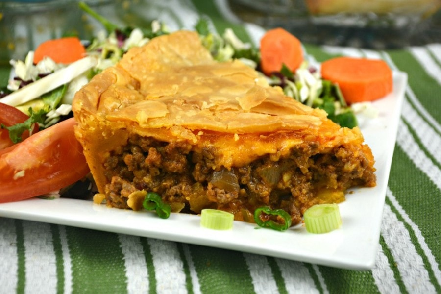 Grandma's Bacon Cheeseburger Pie