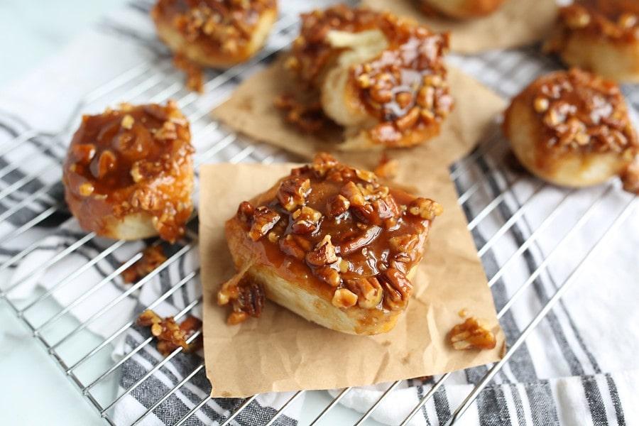 gooey caramel rolls recipe