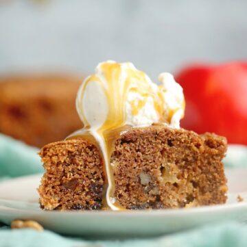 Best Nutty Apple Cake