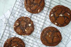White Chocolate Chunk Fudge Cookies