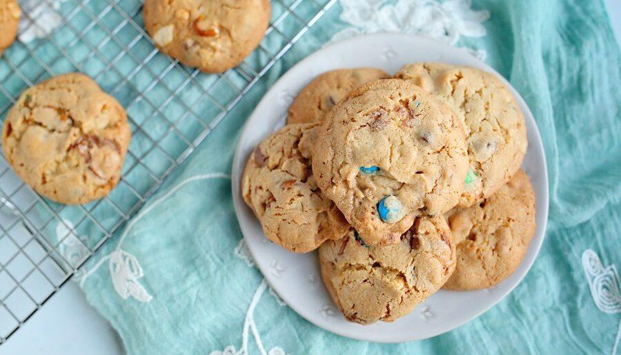 Grandma's Easy M and M Cookie Recipe