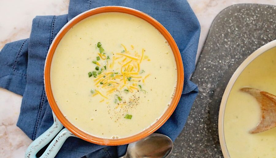 The Best Cream of Potato and Leek Soup