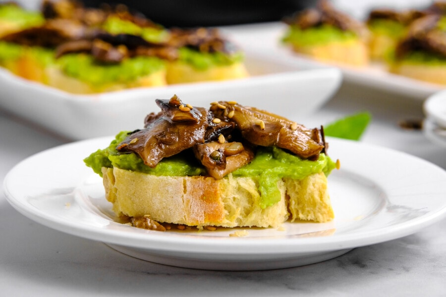 mushroom avocado toast recipe