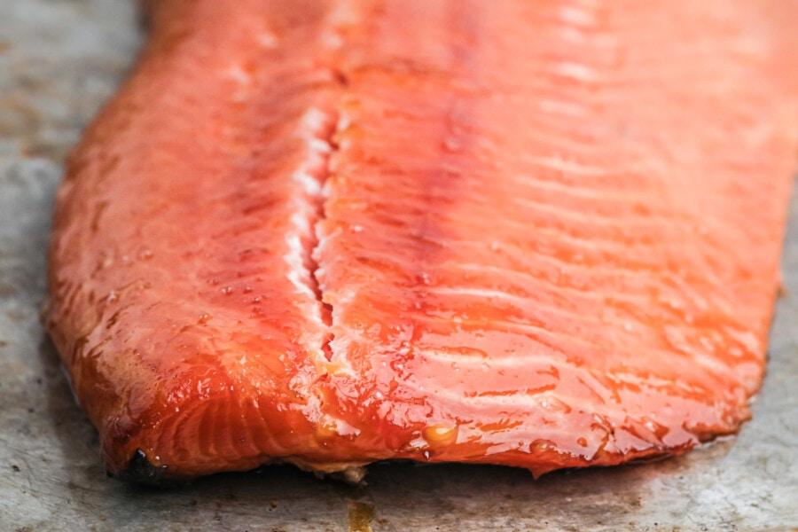 how to serve smoked salmon
