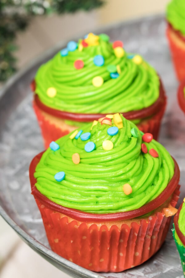 Photograph of yummy-looking Christmas tree cupcakes.